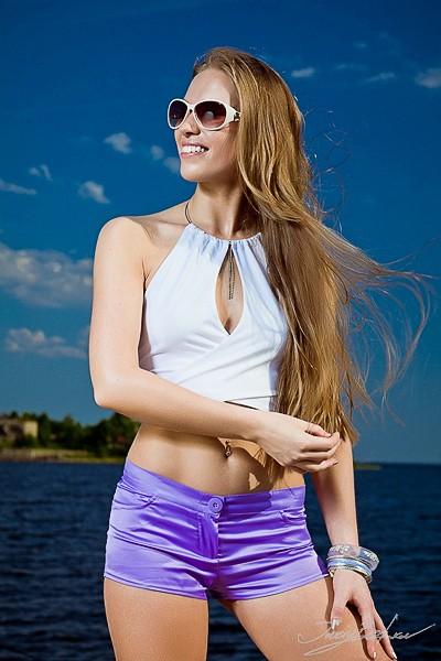 http://juriybozhkov.ru/files/gimgs/th-50_50_webjbimg95991.jpg